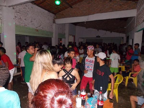 Baile realizado no clube 3 Coqueiros em Hugo Napoleão