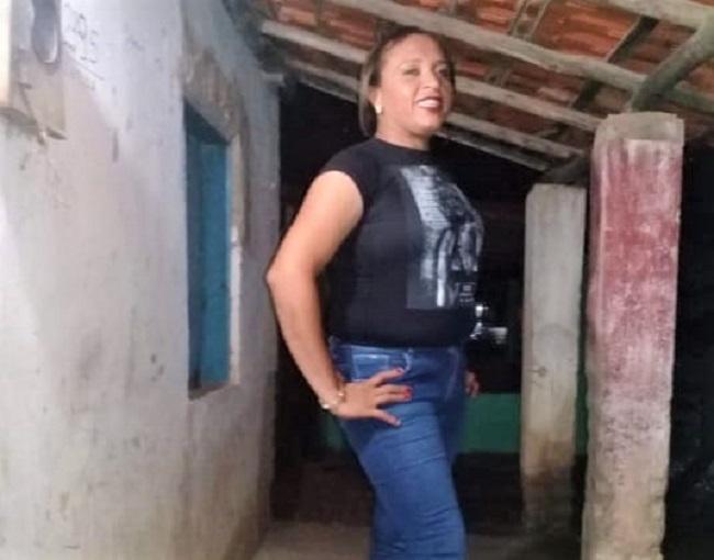 Homossexual é assassinado com extrema crueldade em Agricolândia