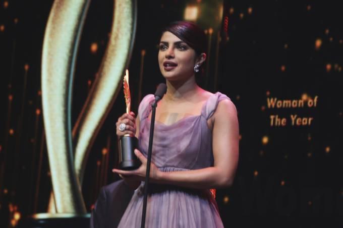 Coronavírus adia premiação de Bollywood equivalente ao Oscar