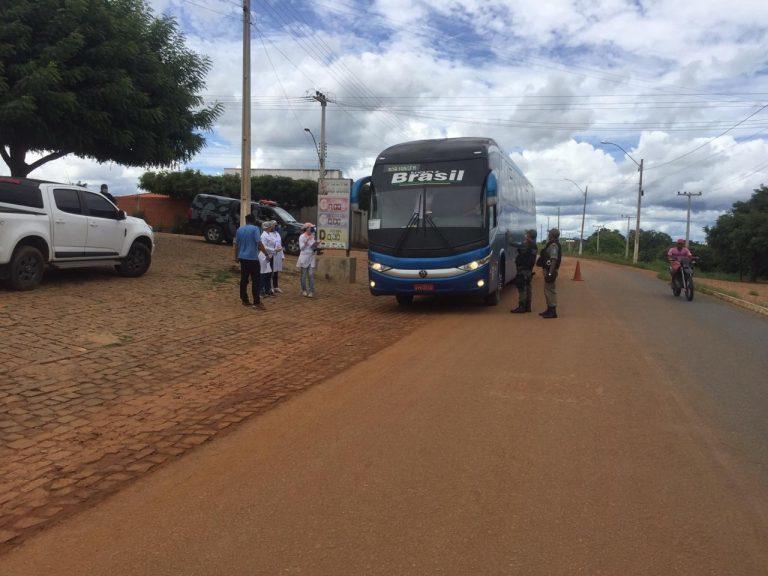 ônibus vindo do estado de São Paulo