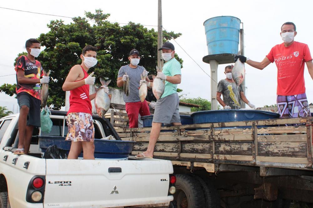 Semana Santa | Prefeitura de Hugo Napoleão distribui 3,8 toneladas de peixe