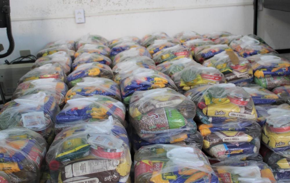 Prefeitura de Hugo Napoleão distribui cestas básicas para famílias em situação de vulnerabilidade social
