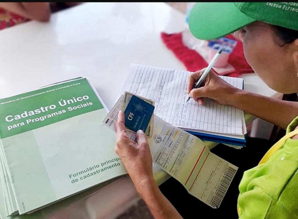 Isenção de tarifa de energia já está valendo para os clientes cadastrados como baixa renda; veja