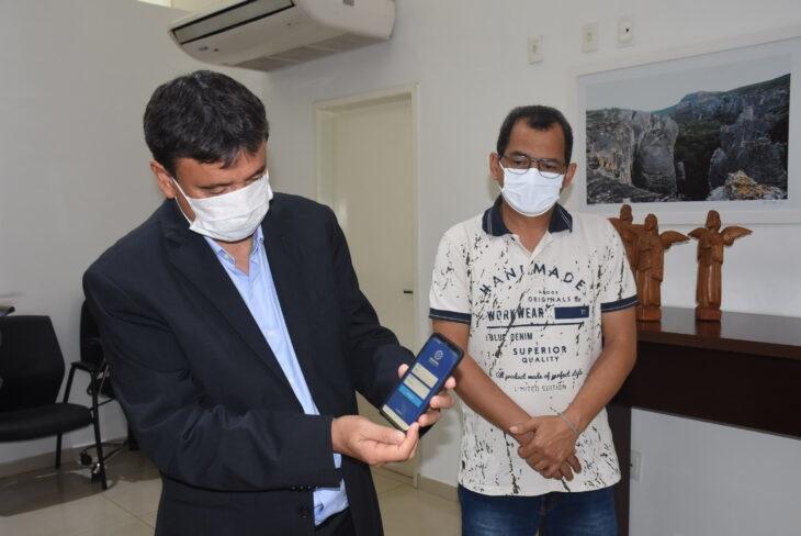 Governador Wellington Dias lança aplicativo que permite consultas médicas pelo celular
