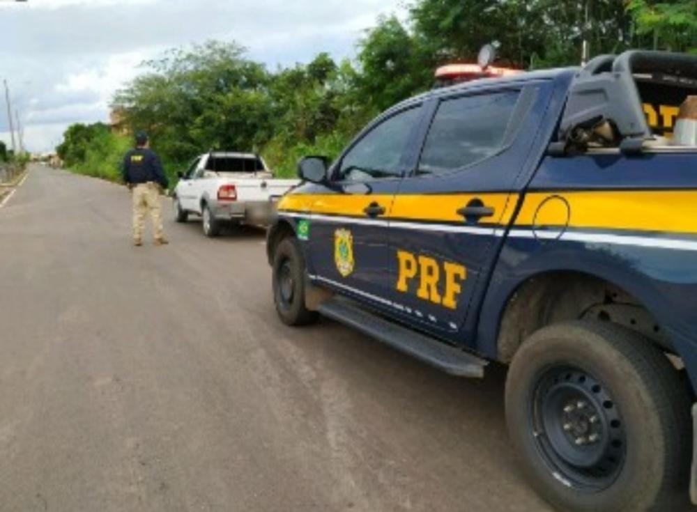 Veículo roubado na Bahia é recuperado pela PRF na BR-316