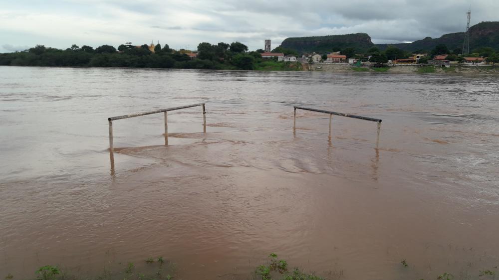 Barragem de Boa Esperança chega a 91% e nível do Rio Parnaíba deixa Amarante em alerta