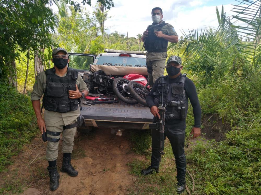Moto roubada em São Pedro do Piauí é recuperada pela PM em Água Branca