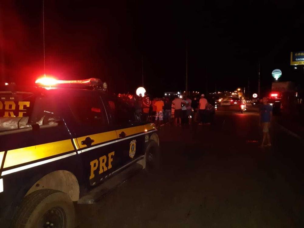 Jovem de 20 anos suspeito de assalto é morto a tiros na BR-316, zona Sul de Teresina
