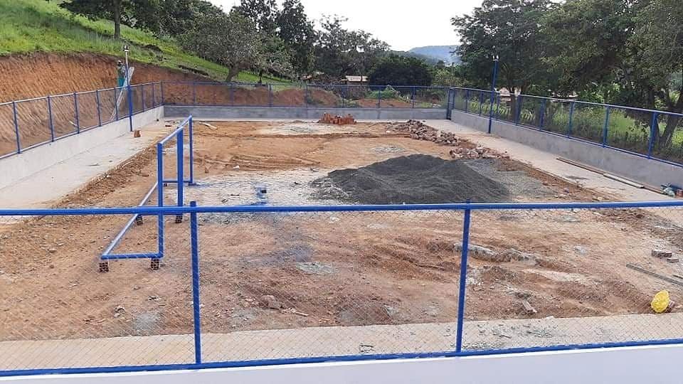 Barro Duro | Quadra poliesportiva do Povoado Brejão está em fase de conclusão