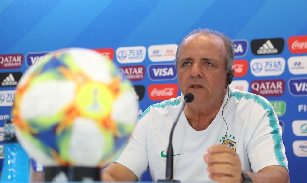 Morre Vadão, ex-técnico da seleção feminina de futebol, aos 63 anos
