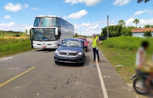 Ônibus clandestino vindo de São Paulo com 40 passageiros é interceptado no Piauí