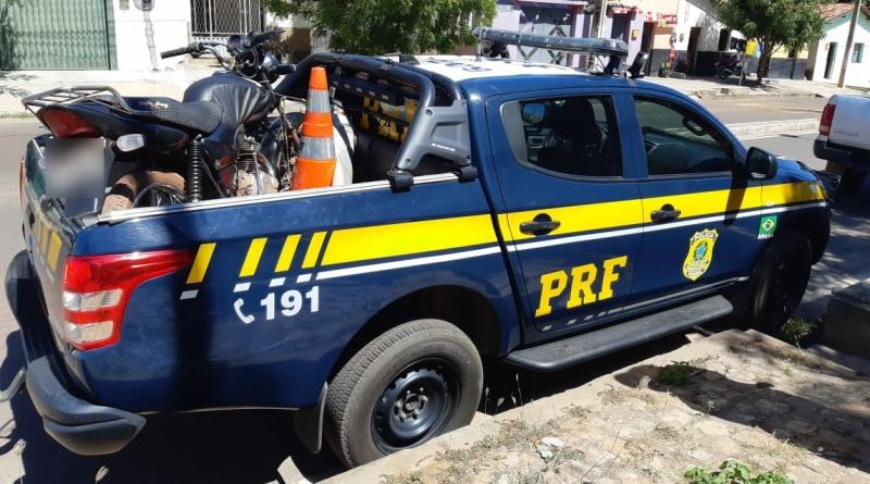 Operação Tamoio II: PRF recupera motocicleta roubada e prende homem por Receptação na BR 316 em Ipiranga do Piauí/PI
