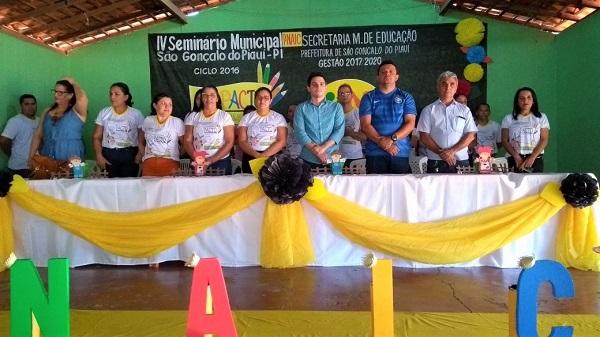 Secretaria de Educação de São Gonçalo do PI promove seminário do PNAIC em prol de 'TODOS PELA EDUCAÇÃO'