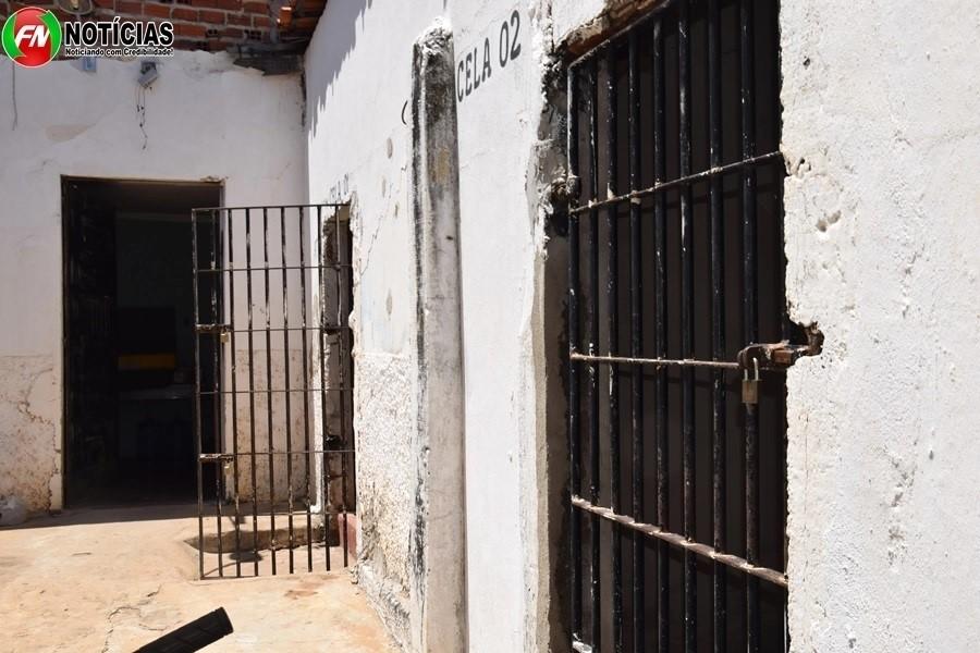 Acusado de estupro foi encontrado morto em uma das celas