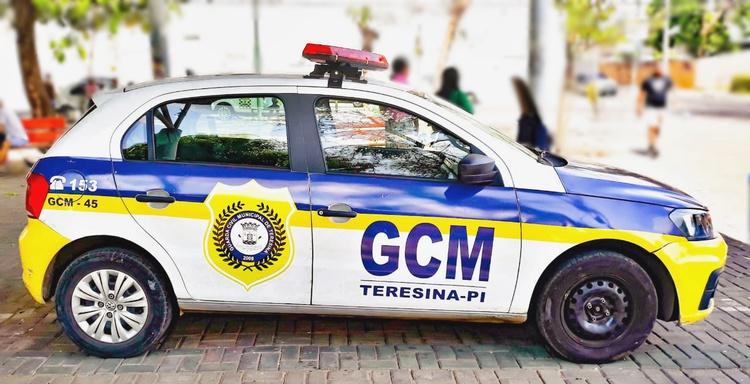 Guarda Municipal fecha 249 estabelecimentos que permaneciam funcionando no fim de semana em Teresina