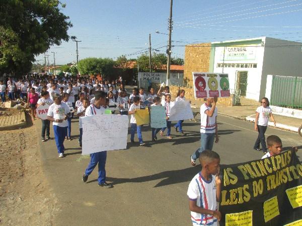 Projeto Educação no Trânsito teve inicio pela Escola Roque Alencar em Agricolândia