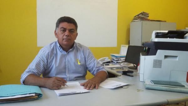 Secretário de Administração, Marcos Carvalho, fala dos trabalhos oferecidos pela Justiça Itinerante em Agricolândia