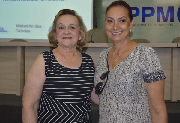 Prefeita de Angical, Neta Santos, participa do lançamento do 'Programa Avançar Cidades'