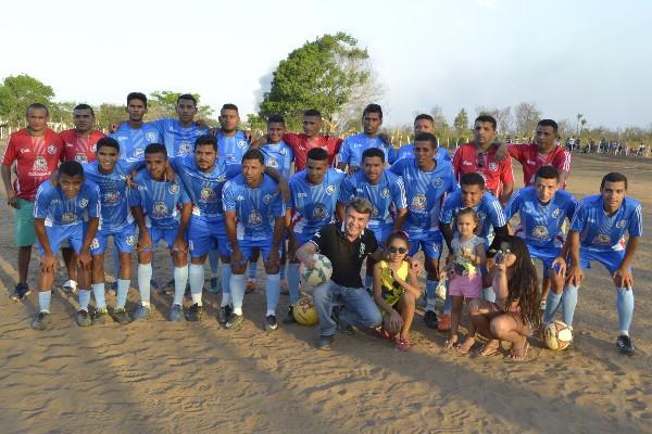 Seleção de Monsenhor Gil vence jogo contra Curralinhos