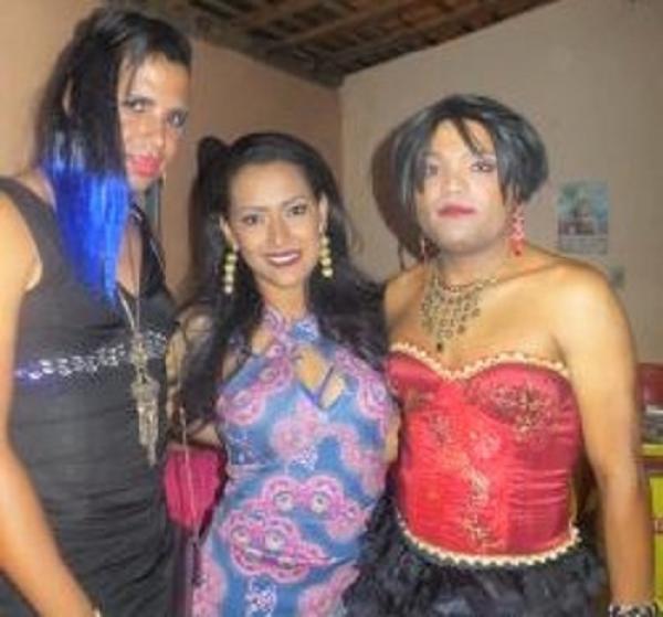 Baile LGBT foi realizado com sucesso em Todos os Santos
