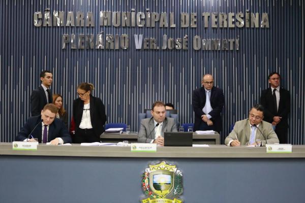 Vereador Jeová Alencar é reeleito presidente da Câmara Municipal de Teresina