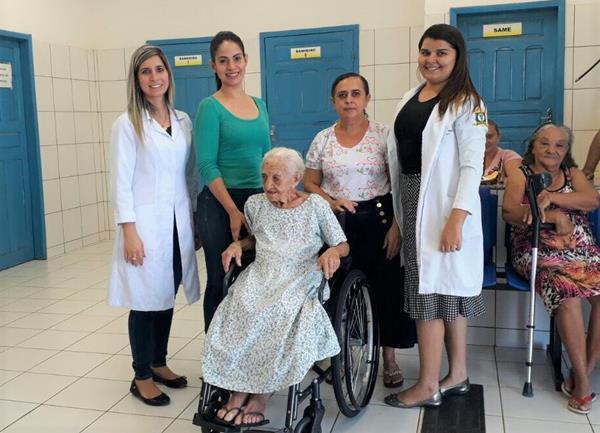 Prefeitura de São Gonçalo do Piauí realiza entrega de materiais ortopédicos
