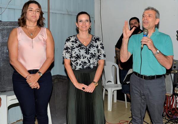 Ex-senador João Vicente Claudino se reúne com políticos em Água Branca