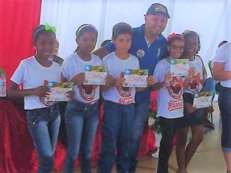 Alunos de escola da rede pública de Jardim do Mulato recebem certificados do PROERD