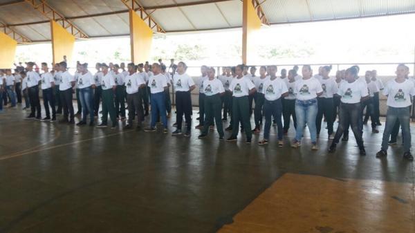 Pelotão Mirim de Passagem Franca participa de campeonato de Futsal e Ordem Unida em Olho D'Água