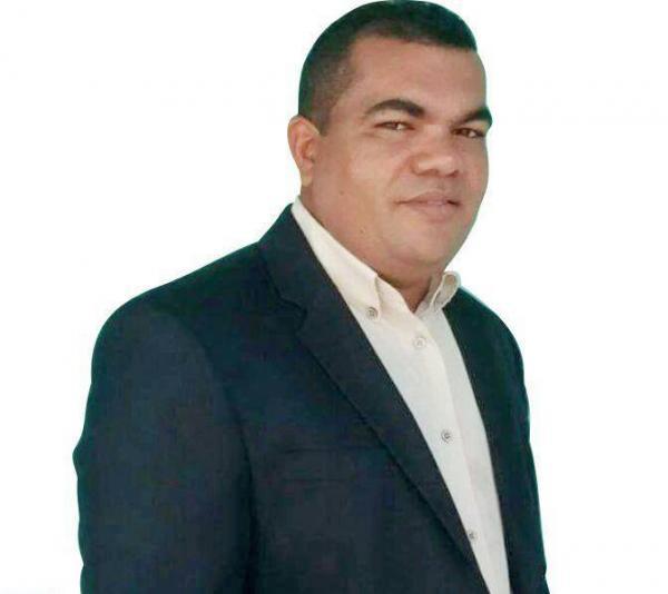 Vereador Waldir Pereira e vereadores de Agricolândia receberão