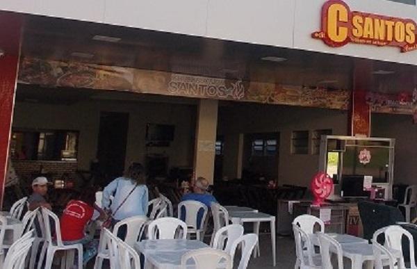 Criminosos armados assaltam clientes na churrascaria Santos Grill no centro de Água Branca