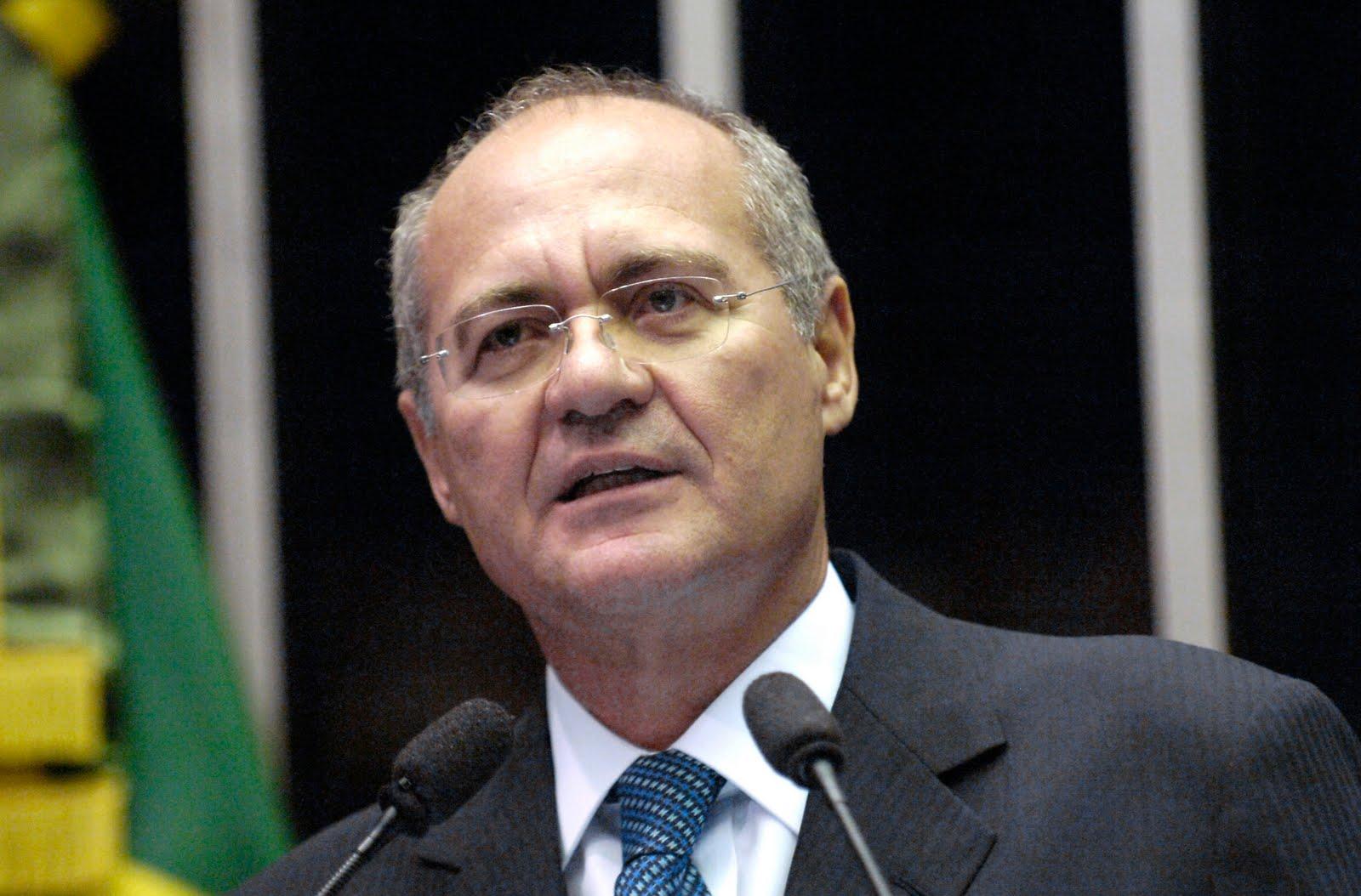 Senado desafia STF e mantém Renan Calheiros na presidência do Congresso Nacional