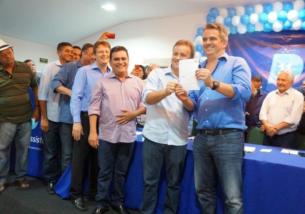 Prefeito de São Pedro do Piauí, Junior Bill, filia-se ao Progressistas