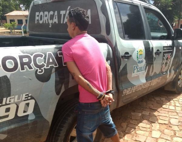 Irmão de vereador de Angical do Piauí é preso com drogas