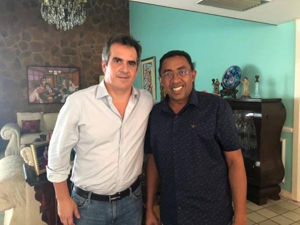 Joel Rodrigues se reúne com senador Ciro Nogueira para discutir sobre investimentos para Floriano