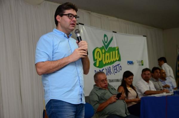"""Piripiri sediou o primeiro seminário """"Piauí pode dar certo"""""""