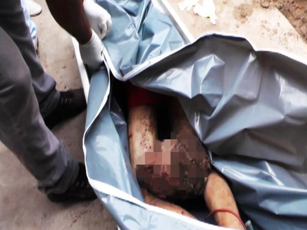 Corpos decapitados e mutilados são achados dentro de buraco