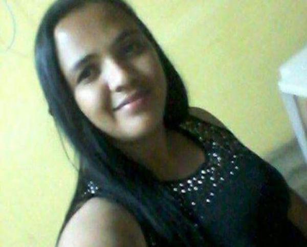 Suplente de vereadora é morta esfaqueada pelo próprio marido em cidade do Piauí