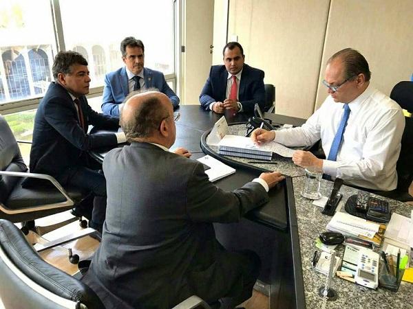 Monsenhor Gil | João Luiz se reúne com ministro Ricardo Barros em busca de recursos para saúde do município