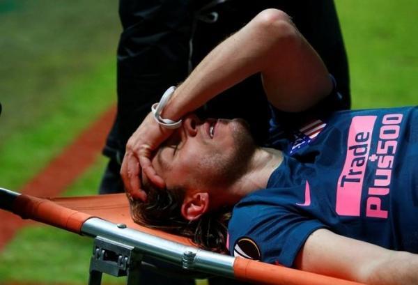 Lateral brasileiro sofre fratura e pode ficar fora da Copa do Mundo