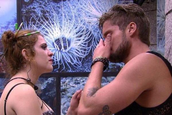 BBB18: o que a Globo não mostrou da conversa entre Breno e Ana Clara