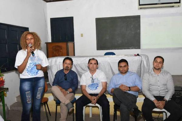 Reunião discute projeto de revitalização do centro histórico e comercial de Floriano