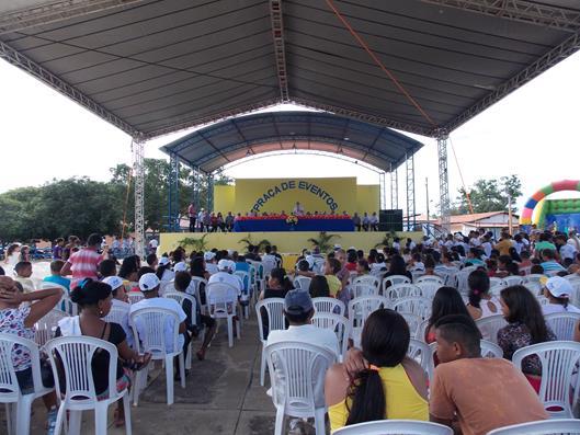 Atividades na Praça de Eventos marcaram comemoração do aniversário de 54 anos de São Gonçalo do Piauí