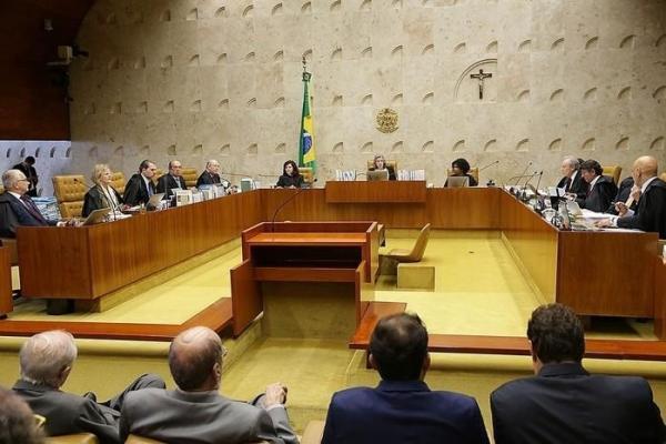 essão do Supremo Tribunal Federal (STF), no último dia 22, julgou habeas corpus com que a defesa do ex-presidente Lula tenta impedir prisão do ex-presidente (Crédito: Agência Brasil)