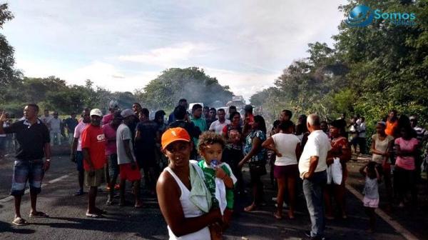 Comunidade Salobro interdita BR-343 em protestos contra a prisão de Lula em Amarante