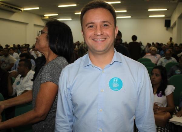 Júnior Bill, prefeito de São Pedro do PI, participa de evento de filiação do Progressistas