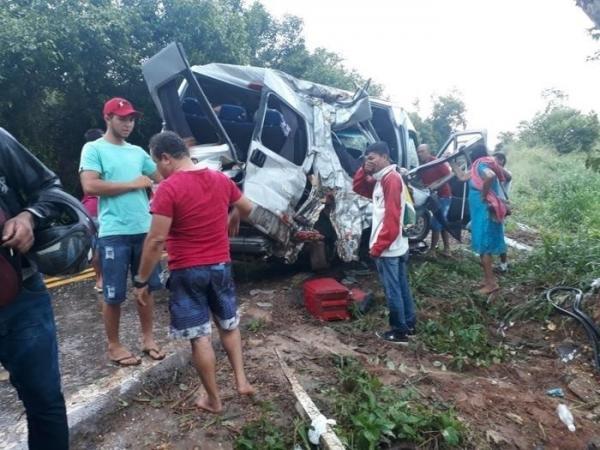 Piauí | Bebê morre e várias pessoas ficam feridas em acidente na BR-135