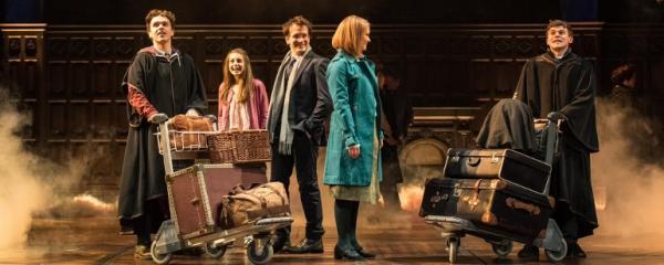 Harry Potter e a Criança Amaldiçoada bate recorde de bilheteria na Broadway