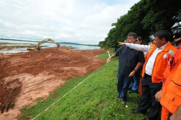 Governador Wellington Dias visita Barragem do Bezerro em José de Freitas