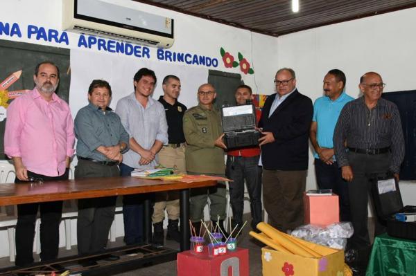 Diretor do Detran - PI realiza entrega de etilômetro e promete melhorias na sinalização de Floriano